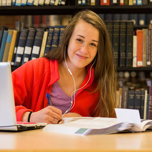 writing scholarships for college students